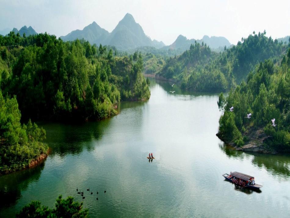 黃山一年四季風景如畫  美不勝收
