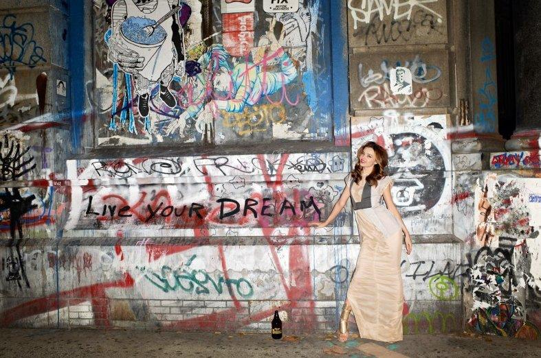 Miranda Kerr和她的前夫Orlando Bloom一次旅行时拍下的照片