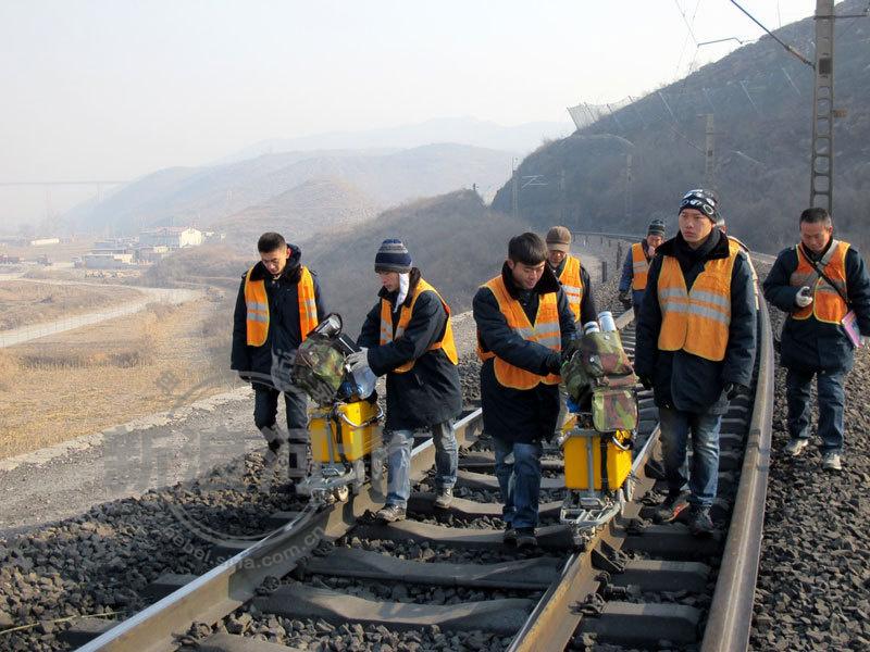 铁路局工作_铁路上 工务段 的工作主要是干什么的??-铁路局工务段具体做 ...