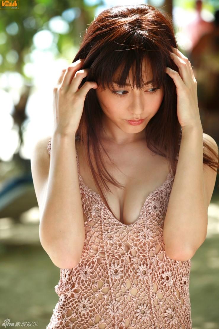 日本拍写真的小女孩有吗_12岁女孩成日本新\