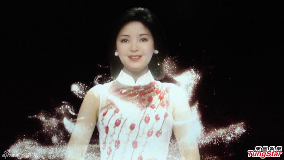 邓丽君在日本演唱会_\