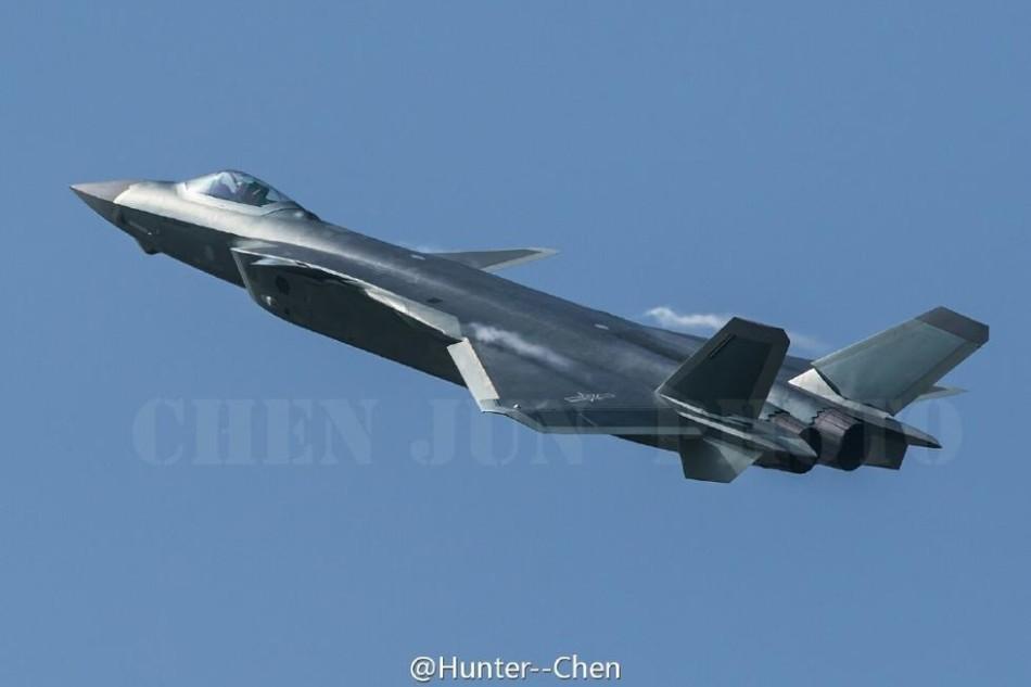 J-20] Chengdu J-20 stealth fighter vs F-22 & F-35 – WAUTOM
