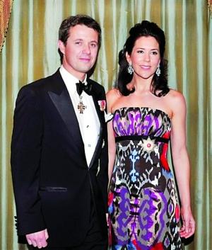 丹麦王储_去年3月,丹麦王储夫妇在纽约出席美国-北欧基金会晚宴.