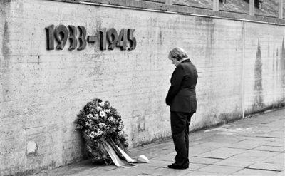 勃兰特在波兰_德国政府不点名批评安倍拜鬼:应诚实面对历史|安倍|靖国神社|拜 ...