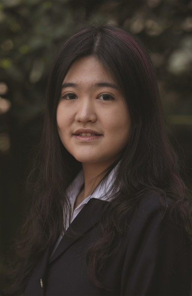 闖入神奇學校的南京少女