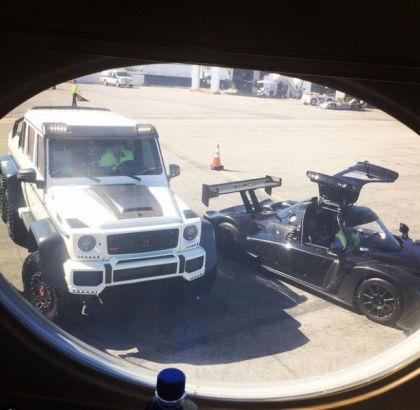 车网站_在社交网站instagram上以炫富而闻名,他的照片中出现了大量武器,豪车