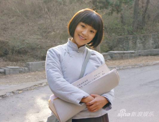 亚洲学生妹撸吧_解惠清获郑晓龙钦点 《红高粱》演学生妹