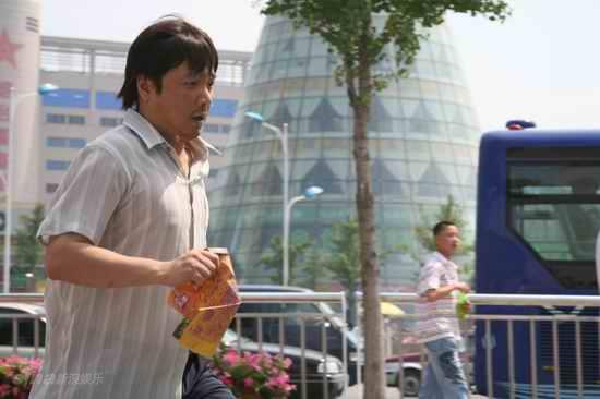 老爸快跑高清下载_资料图片:电视剧《老爸快跑》精彩剧照(13)_影音娱乐_新浪网