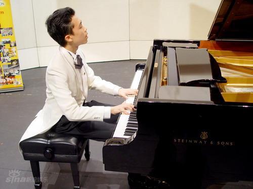 施坦威钢琴大赛_资料图片:施坦威青少钢琴比赛-香港赛区(1)_影音娱乐_新浪网