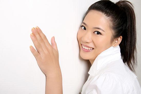电影美女爱上我_《十个美女爱上我》女主角之刘艺