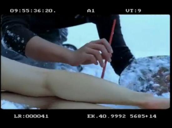 视频_【新闻】《感情生活》明道雪地绘人体彩绘视频遭质疑