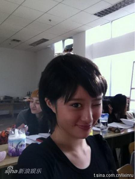演员何欣_新画面证实李欣汝等四演员离开《十三钗》剧组_影音娱乐_新浪网