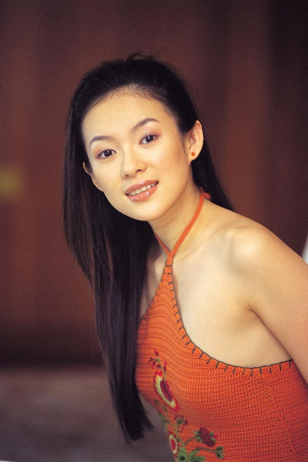 章子怡性交�_粤港十年网娱盛典最俘获眼球女艺人候选--章子怡