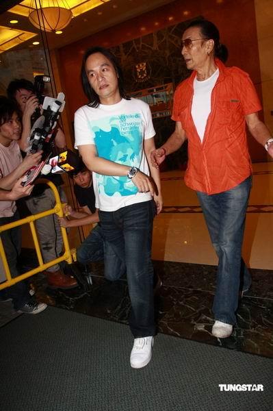 谢贤:张柏芝目前很精神BABY很健康长得很像我