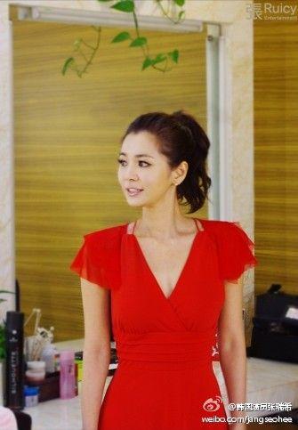 张瑞希微博_人鱼小姐张瑞希亲自打假 声明只有新浪微博
