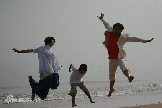 老爸快跑高清下载_资料图片:电视剧《老爸快跑》精彩剧照(12)_影音娱乐_新浪网