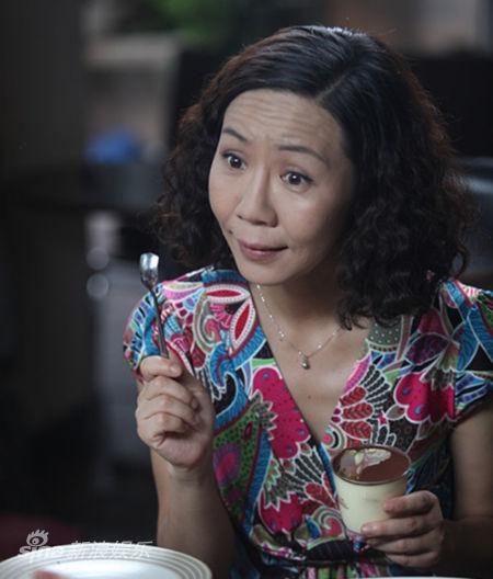 姨_资料图片:《小男人遇上大女人》杨青饰小姨