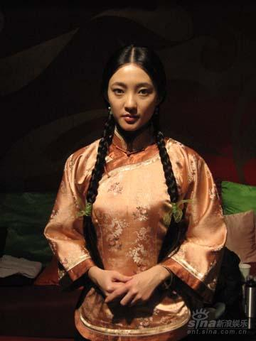 琴妃露_新《家》新年热播 王丽坤要做新时代女性(图)