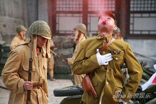 """梦想光荣1942_《梦想光荣1942》引议:战争剧能否这样""""雷""""_影音娱乐_新浪网"""