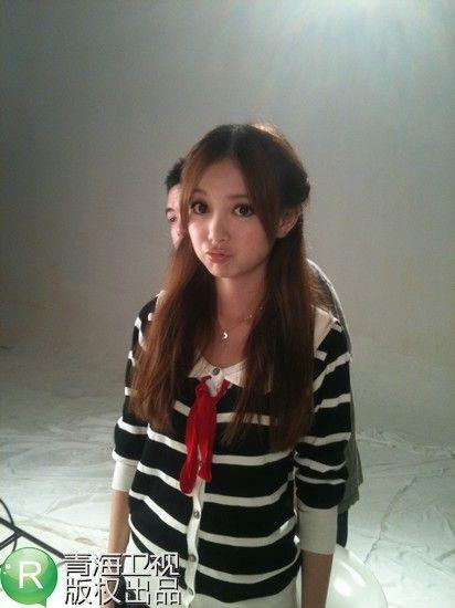 歌手叶蓓简历_花儿朵朵汪小敏学生装清纯入镜