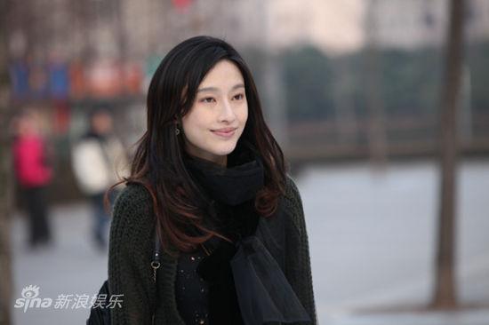 张俪演过的电视剧_剧中由张俪饰演的米琪也因时尚的造型,独立的爱情观而备受追捧,成为