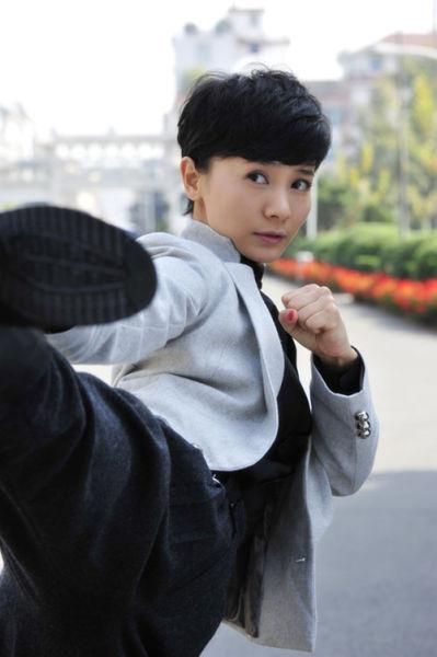 国民党抗战电视剧_刘钇彤《血色玫瑰3》变女特工演真功夫_影音娱乐_新浪网