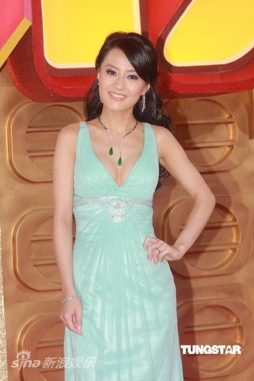 陈倩扬微博_图文:TVB43届颁奖-陈倩扬亮相_影音娱乐_新浪网