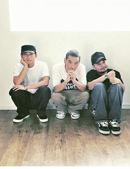软硬天师_麦浚龙与软硬天师合作出推出ep《林民龙》(图)