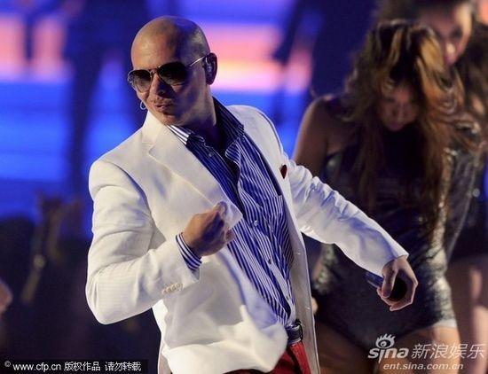 pitbull演唱会_图文:mtv颁奖礼现场-嘻哈歌手pitbull
