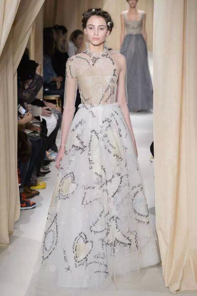 公主婚纱设计师_女人梦寐以求的婚纱 都被好莱坞女神穿走了|婚纱|女人|礼服_新浪 ...