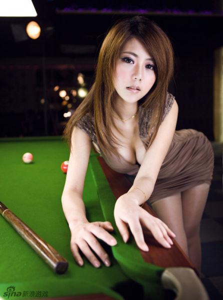 童颜堂_童颜巨乳宅女女神夏小薇魅力写真_网络游戏_新浪游戏_新浪网