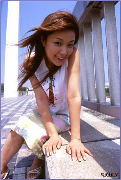 写真电影种子_那年一起下载的女孩 30位献身游戏日本女优盘点