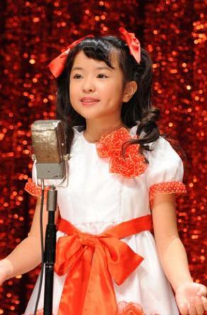 日本神级歌手_日本最年少演歌歌手樱真耶饰演美空云雀(图)