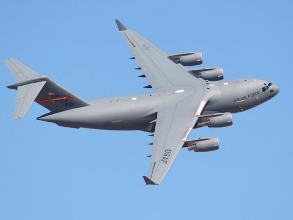 ������9c�_美空军c-17战略运输机要帮动物园承运大象