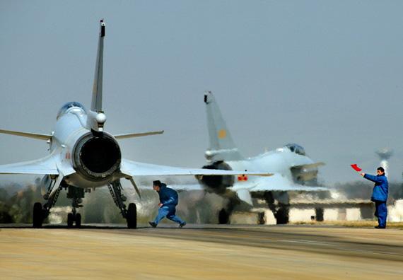 中国空军07飞行标志图片_中国空军新场站可同时实施多机种机型保障(图)_新浪军事_新浪网