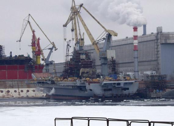 """正在进行改装的俄二手航母""""戈尔什科夫""""号"""