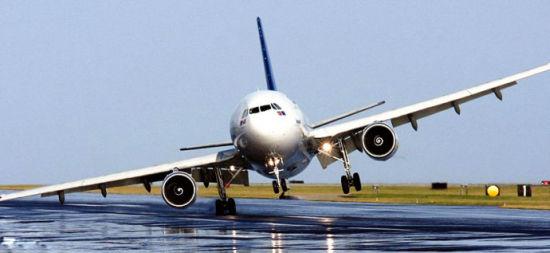 飞机起飞降落视频_民航小知识系列:大风天气对飞行的影响|大风|飞机|飞行_新浪航空