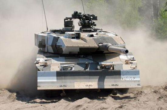 德国豹2a7_韩媒称中国99坦克比豹2更胜任中东战场环境 坦克 99式 豹-2_新浪军事