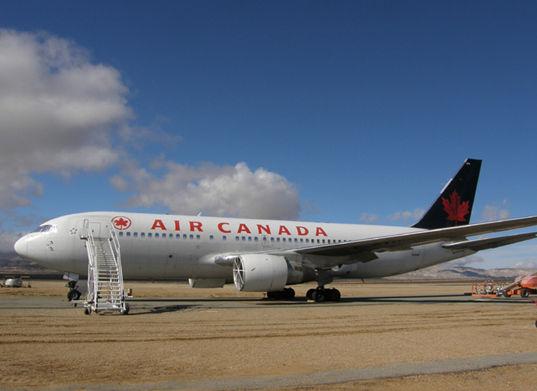 加拿大航空143�航班事故。
