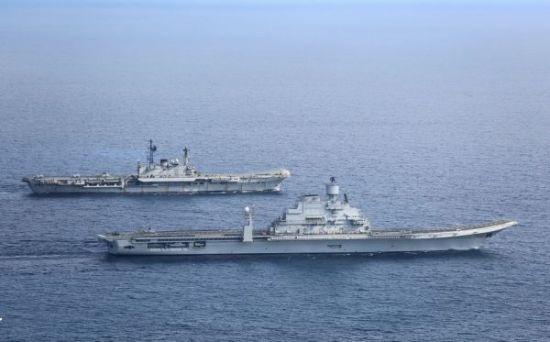 材料图像:印度水师的双航母编队