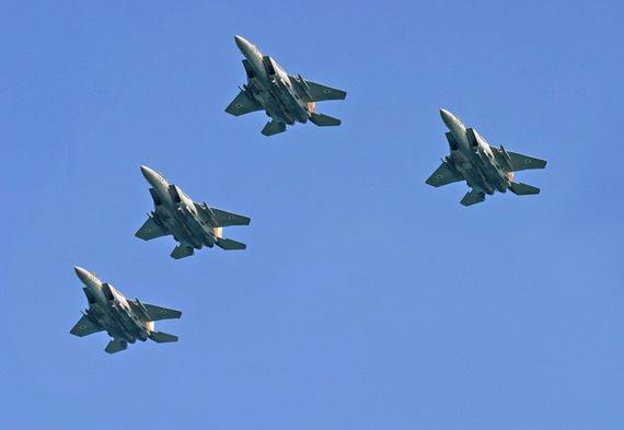 播改f�j~��i�_图文:以色列空军f-15i重型战机空中编队