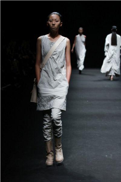 2012春夏上海时装周_Decoster Concept上海时装周发布2012春夏系列_新浪女性_新浪网