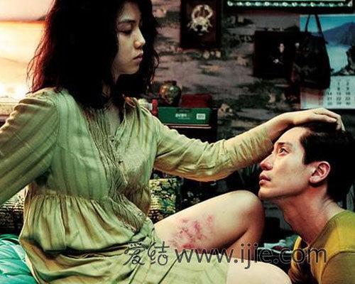 亚洲情色迅雷下载_三大情色电影里的经典性爱技巧(2)