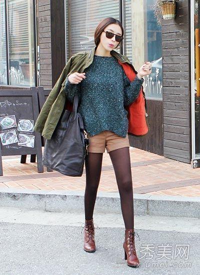 黄大衣搭配绿色短裤_黑色毛呢外套搭配亮色短裤|冬装|外套|短裤_新浪女性_新浪网