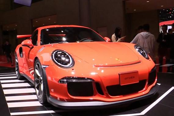 视频:外表温和动力惊人 保时捷911 GT3
