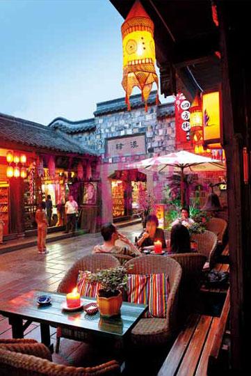 成都市旅游攻略_成都:以写意方式 谱写优雅的市井生活_新浪旅游_新浪网