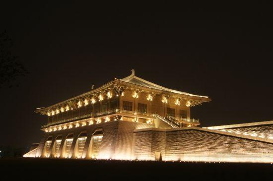 盤點西安最美夜景 大明宮遺址公園圖片