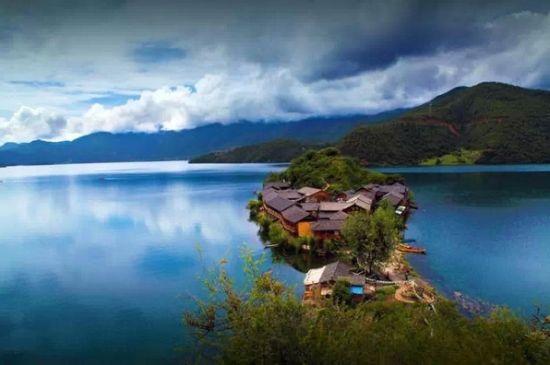 四川卢沟湖