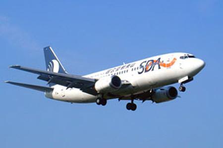 波音738 山东_山东航空公司机型展示:B737-300_新浪旅游_新浪网