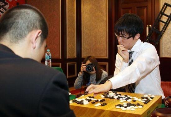 井山裕太九段_井山裕太:金志锡从小就是竞争对手 要向他学一盘_综合体育 ...
